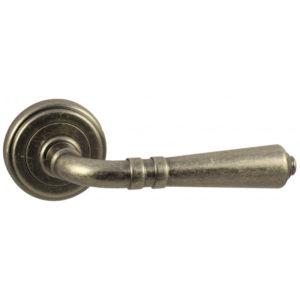 Дверная ручка Vantage V18